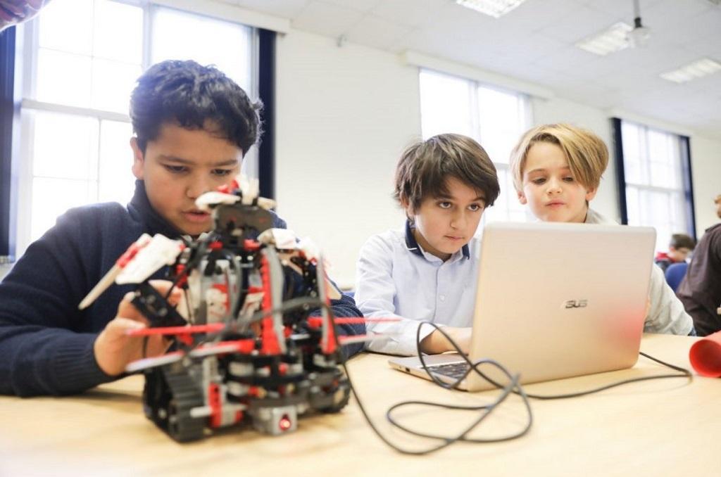 رباتیک در آموزش فناوری