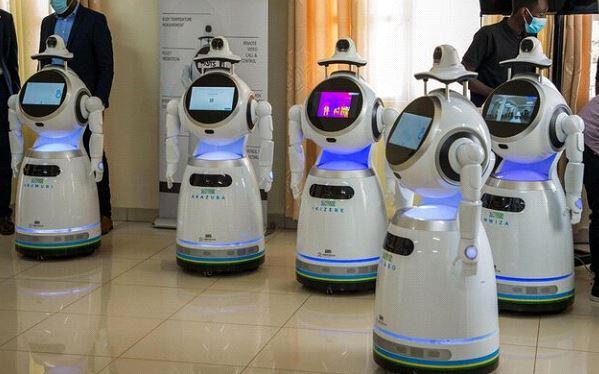 ربات های ضدعفونی کننده